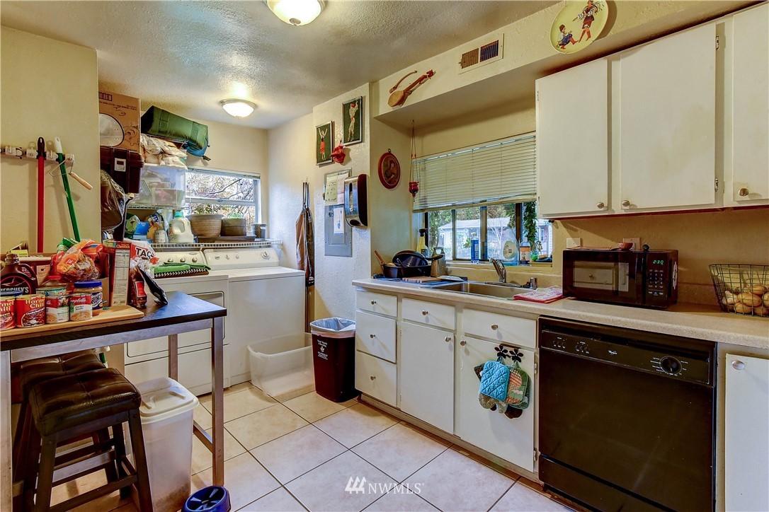 Sold Property   3021 NE 149th Street Shoreline, WA 98155 10