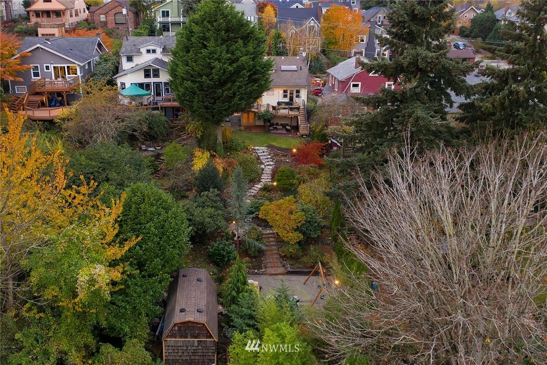 Sold Property | 2546 Warren Avenue N Seattle, WA 98109 30