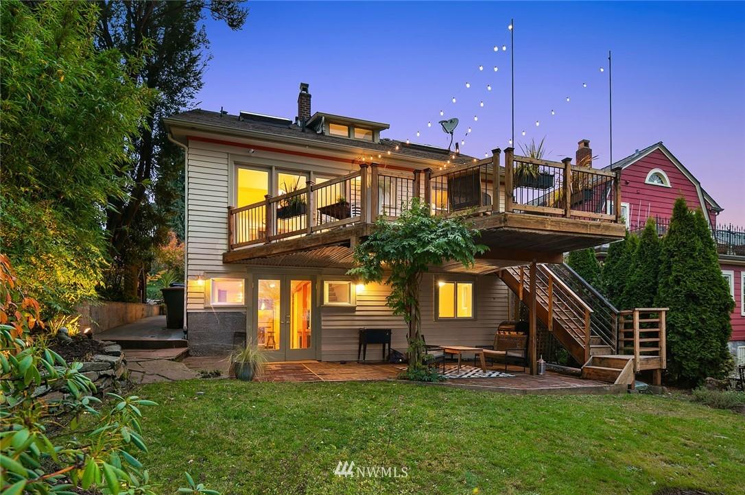 Sold Property | 2546 Warren Avenue N Seattle, WA 98109 23