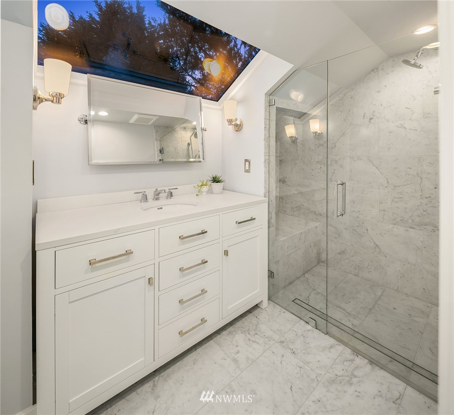 Sold Property | 2546 Warren Avenue N Seattle, WA 98109 16