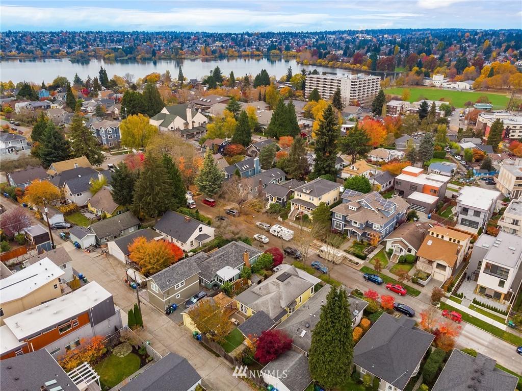 Sold Property | 135 NE 64th Street Seattle, WA 98115 2