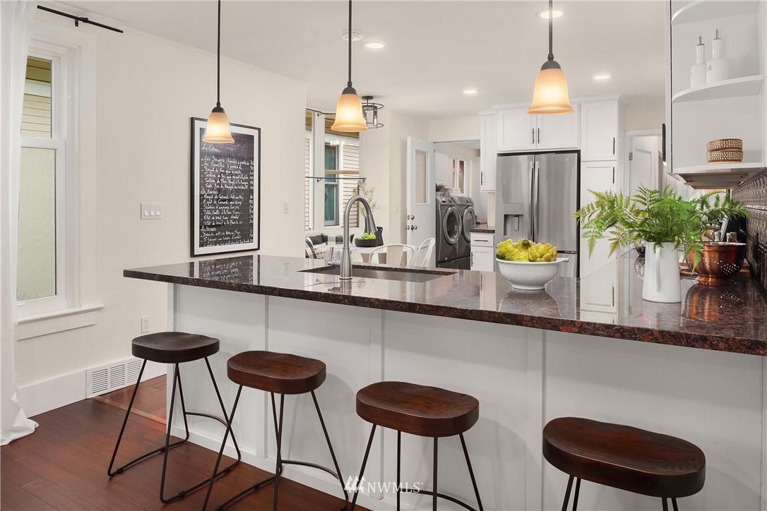 Sold Property | 135 NE 64th Street Seattle, WA 98115 7