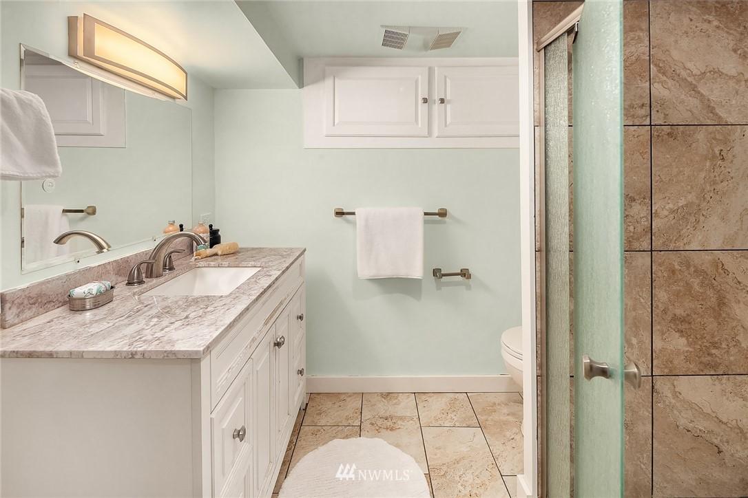 Sold Property | 135 NE 64th Street Seattle, WA 98115 23