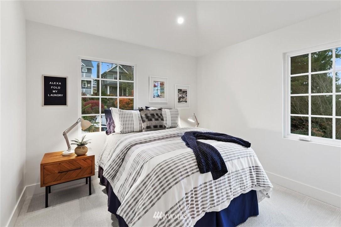 Sold Property | 3404 10th Avenue W Seattle, WA 98119 20