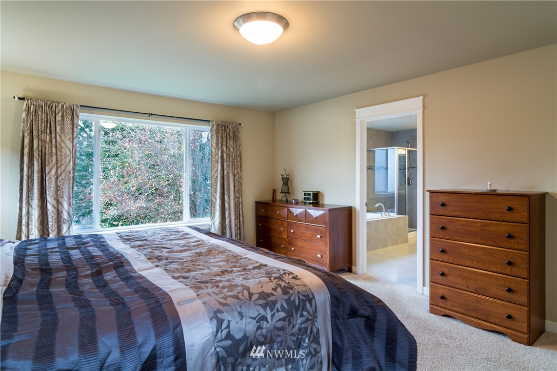 Sold Property   217 205th Place SW Lynnwood, WA 98036 13