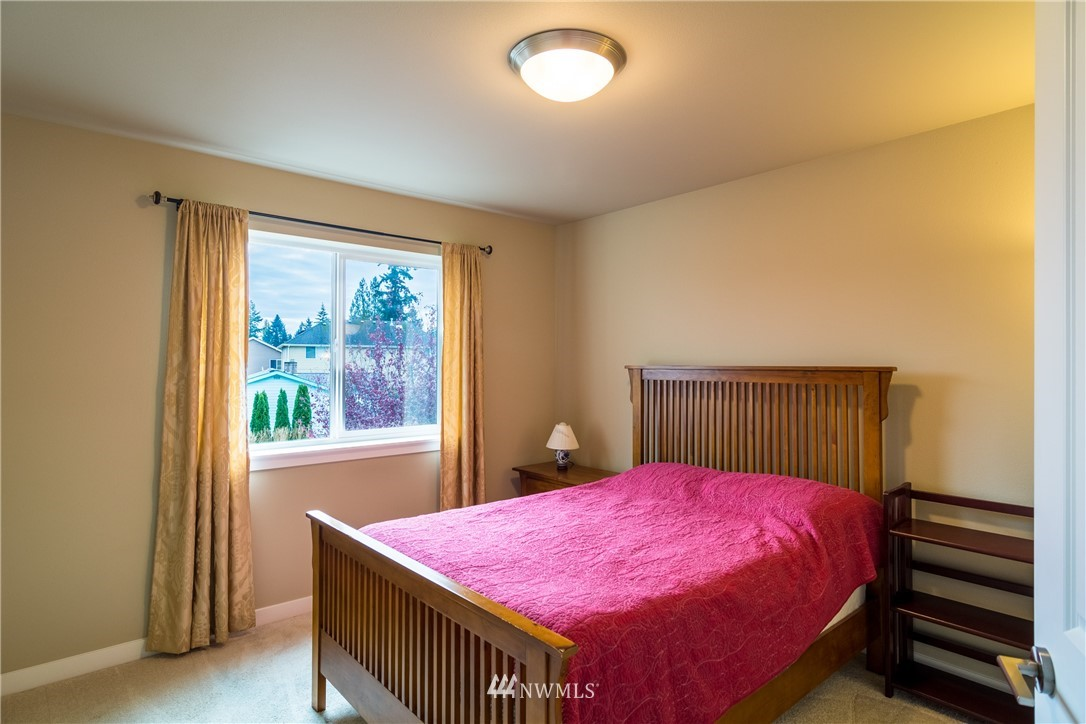Sold Property   217 205th Place SW Lynnwood, WA 98036 23