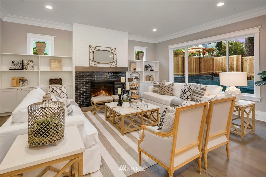 Sold Property | 7038 54th Avenue NE Seattle, WA 98115 6