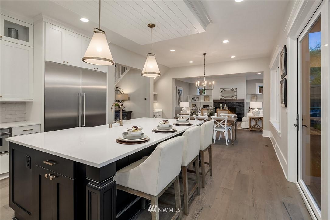 Sold Property | 7038 54th Avenue NE Seattle, WA 98115 14
