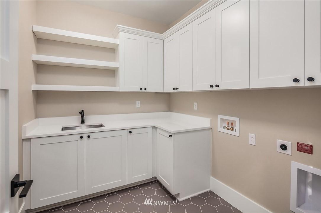 Sold Property | 7038 54th Avenue NE Seattle, WA 98115 29