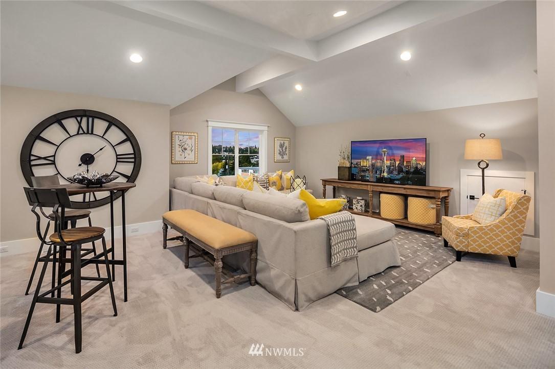 Sold Property | 7038 54th Avenue NE Seattle, WA 98115 30
