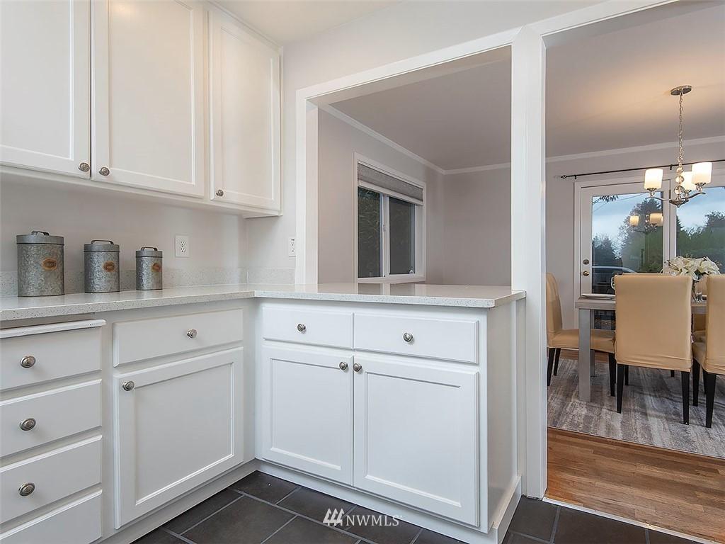 Sold Property | 8804 Corliss Avenue N Seattle, WA 98103 10
