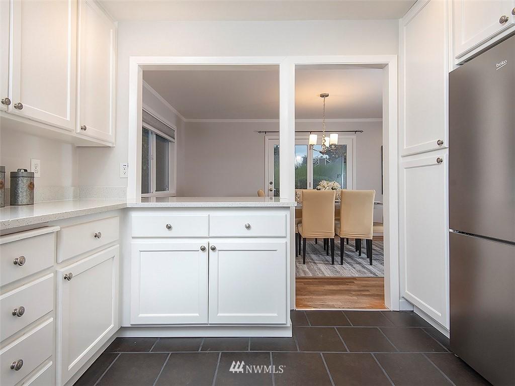 Sold Property | 8804 Corliss Avenue N Seattle, WA 98103 11