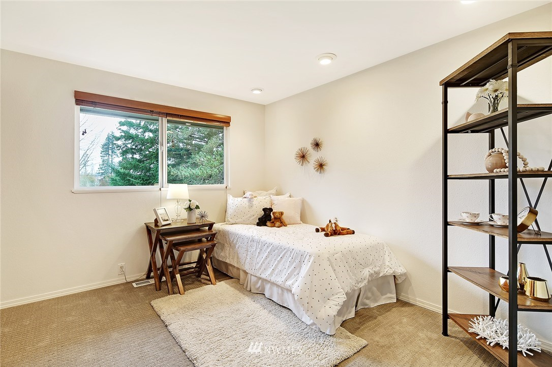 Sold Property | 19230 91st Avenue NE Bothell, WA 98011 15