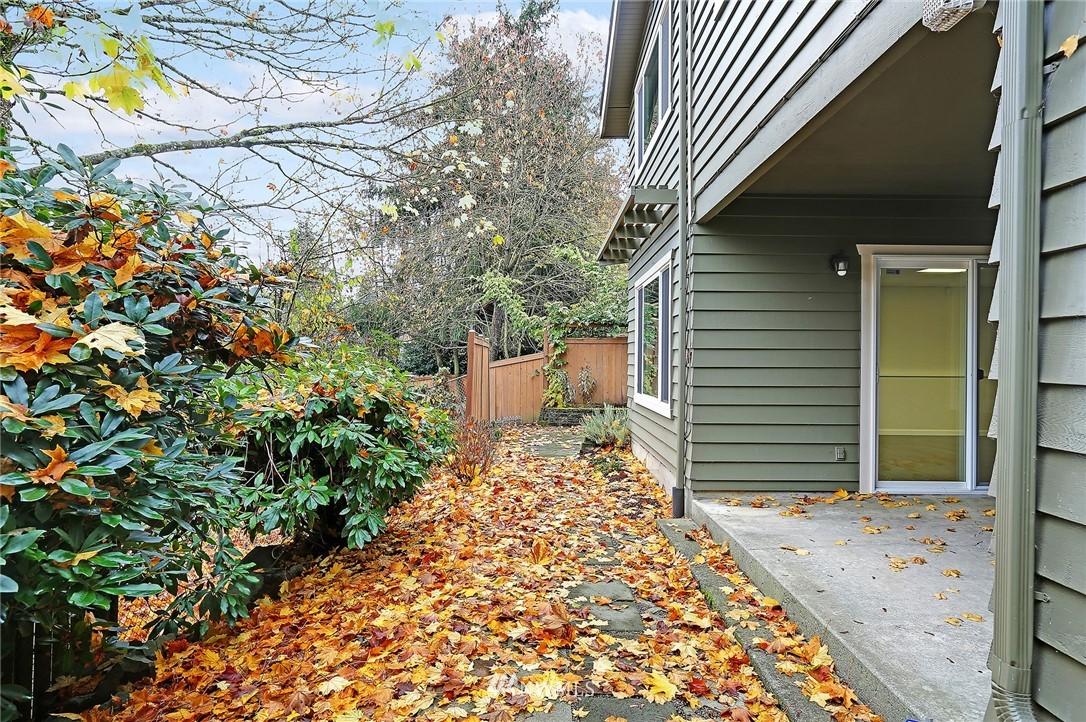 Sold Property | 19230 91st Avenue NE Bothell, WA 98011 30