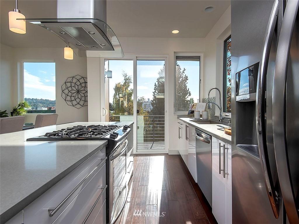 Sold Property   3513 Wallingford Avenue N #C Seattle, WA 98103 9