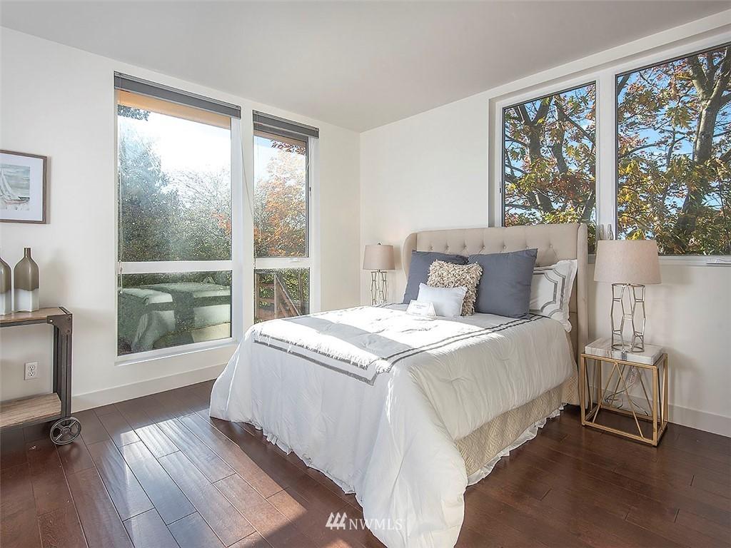 Sold Property   3513 Wallingford Avenue N #C Seattle, WA 98103 12