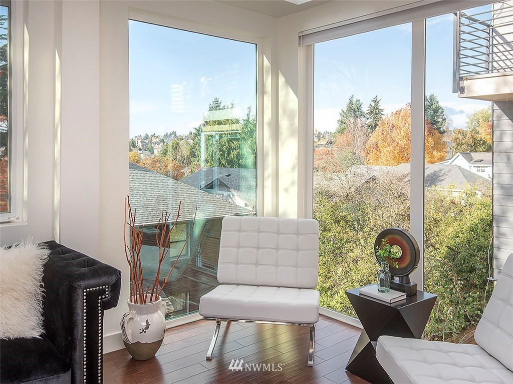 Sold Property   3513 Wallingford Avenue N #C Seattle, WA 98103 5