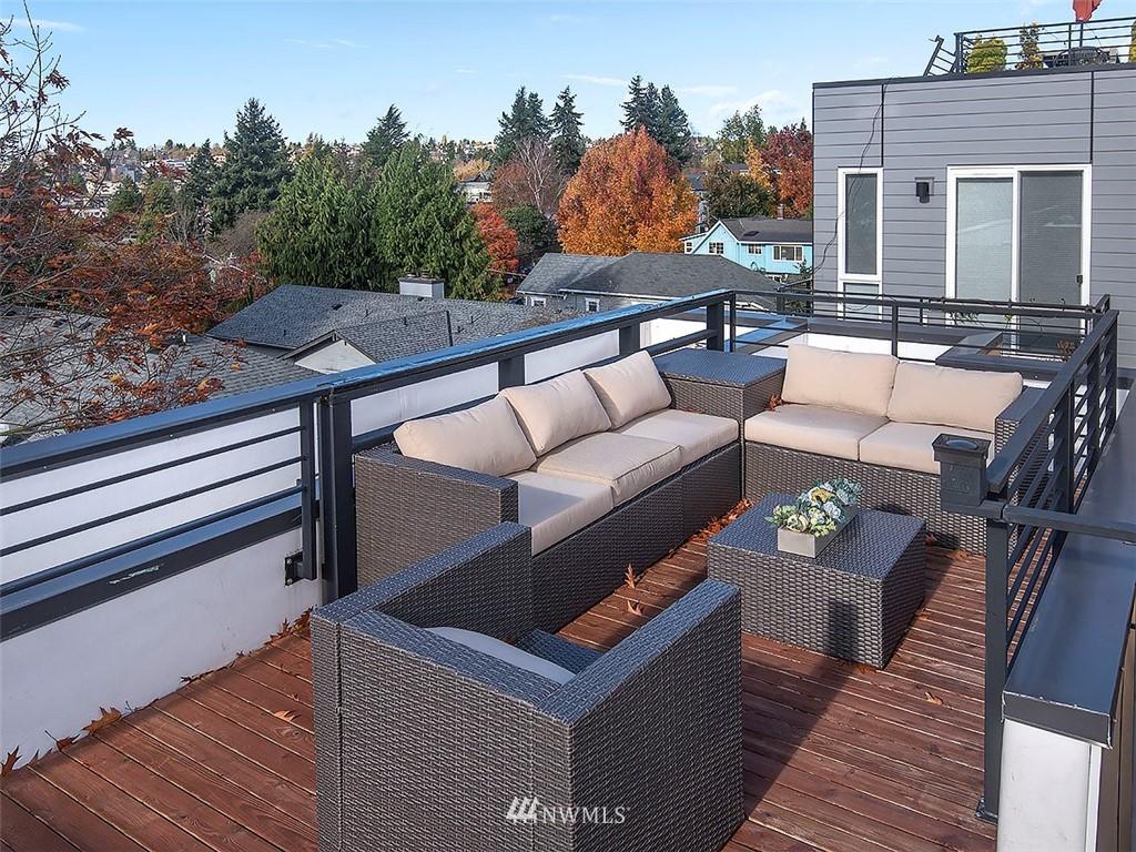 Sold Property   3513 Wallingford Avenue N #C Seattle, WA 98103 19