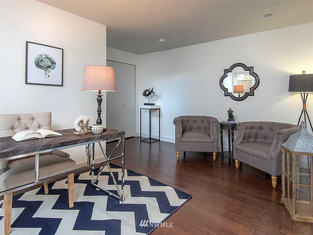Sold Property   3513 Wallingford Avenue N #C Seattle, WA 98103 18