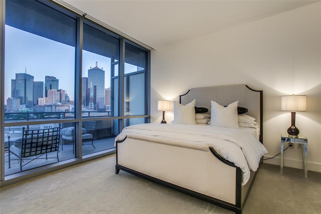 Active   2200 Victory Avenue #802 Dallas, Texas 75219 15
