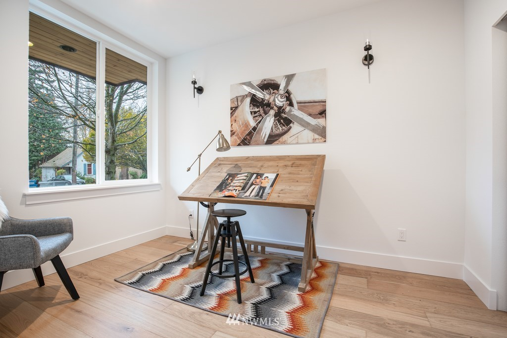 Sold Property | 7024 Greenwood Avenue N Seattle, WA 98117 2