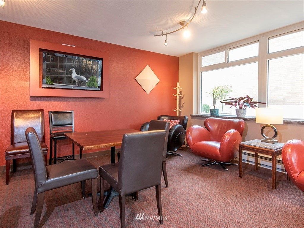 Sold Property | 2100 3rd Avenue #406 Seattle, WA 98121 16