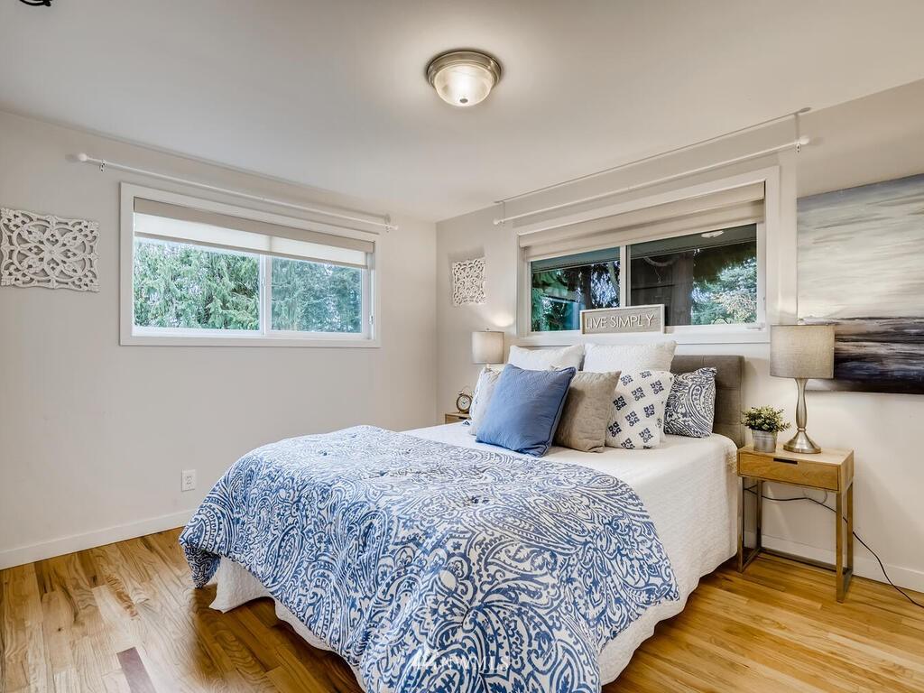 Sold Property | 9306 217th Street SW Edmonds, WA 98020 8