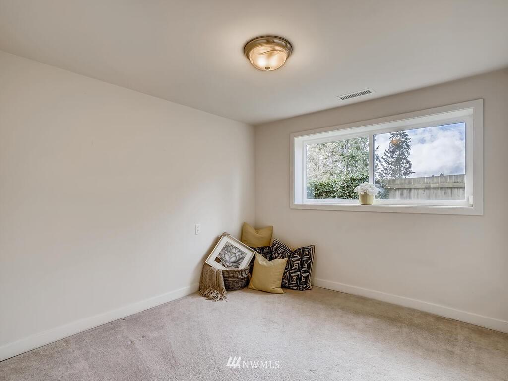 Sold Property | 9306 217th Street SW Edmonds, WA 98020 15