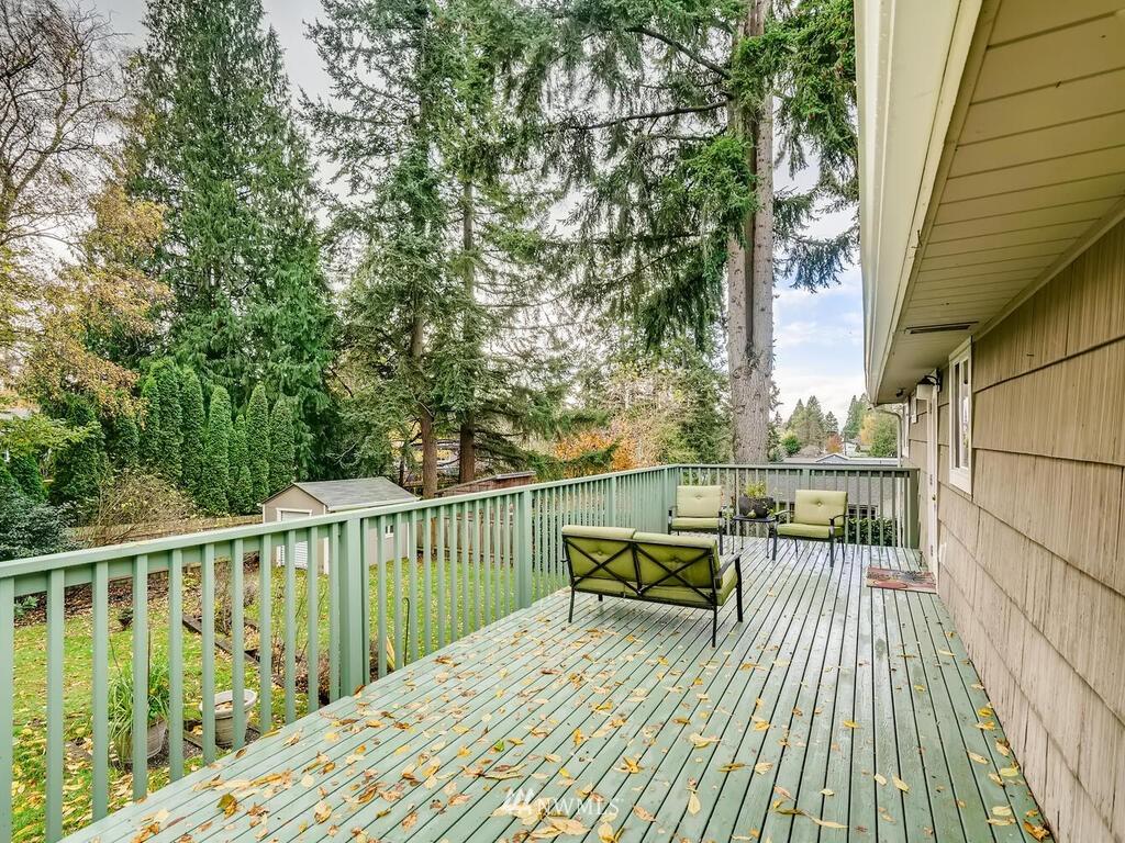 Sold Property | 9306 217th Street SW Edmonds, WA 98020 20