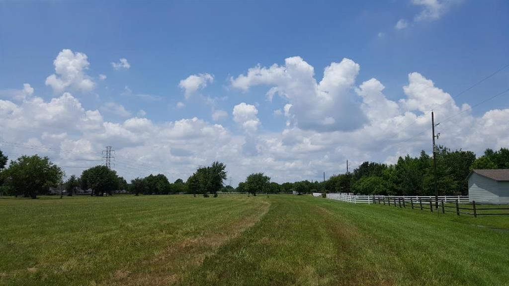 Pending | 3525 Katy Hockley Road Katy, Texas 77493 7