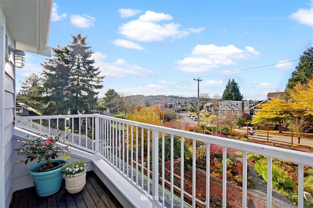 Sold Property | 3048 NW 58th Street Seattle, WA 98107 16