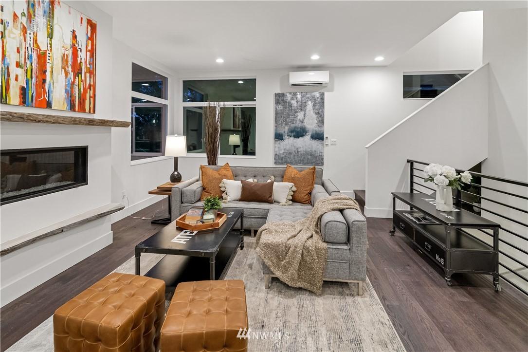 Sold Property   1931 10th Avenue W Seattle, WA 98119 7