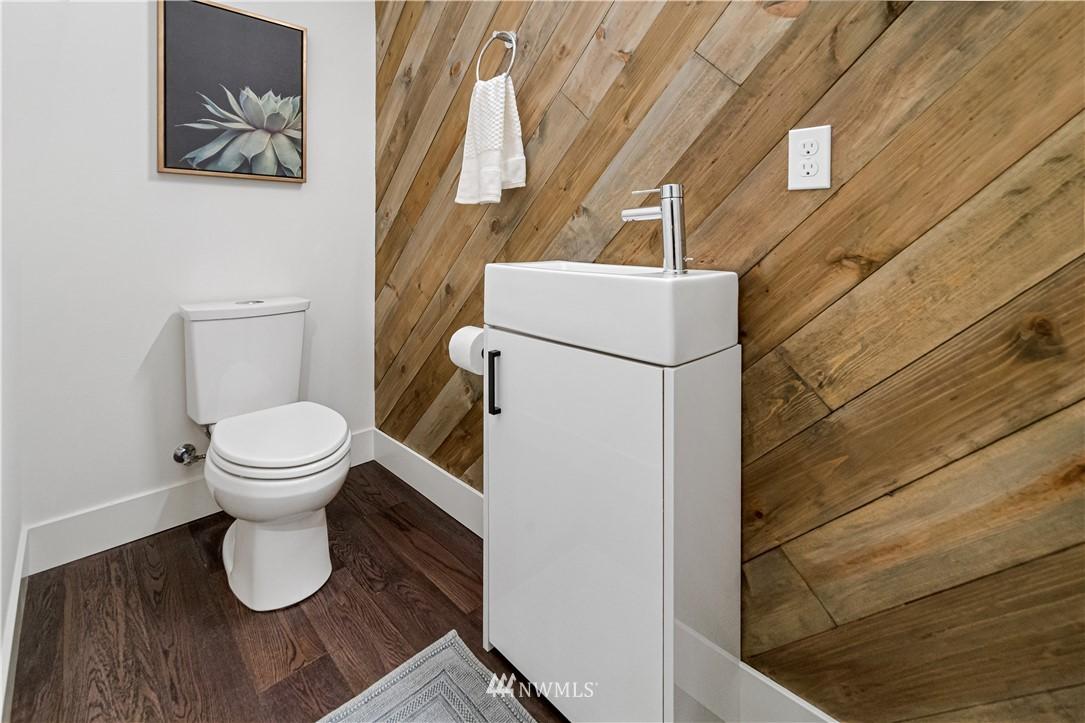 Sold Property   1931 10th Avenue W Seattle, WA 98119 10