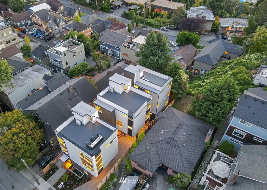 Sold Property   1931 10th Avenue W Seattle, WA 98119 28
