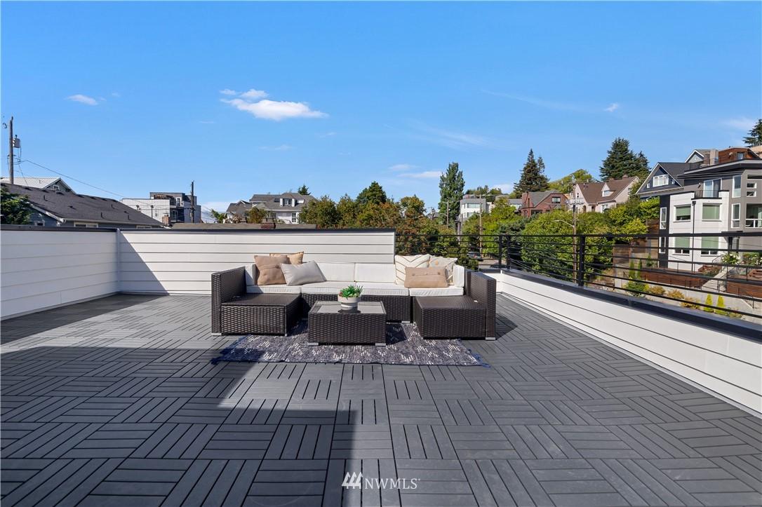 Sold Property   1931 10th Avenue W Seattle, WA 98119 18