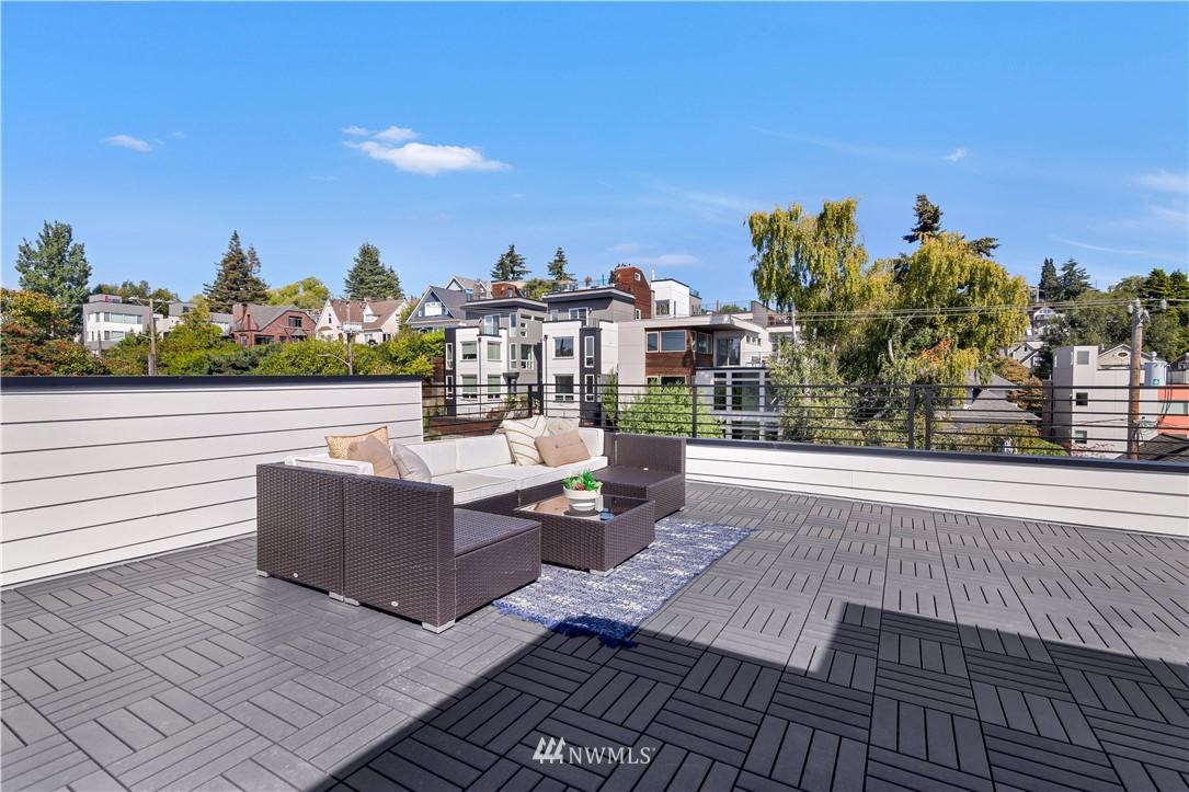Sold Property   1931 10th Avenue W Seattle, WA 98119 19