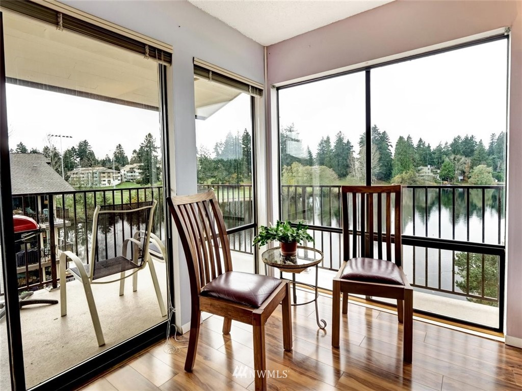 3 Bedroom Condo in Seattle | 13229 Linden Avenue N #405B Seattle, WA 98133 3