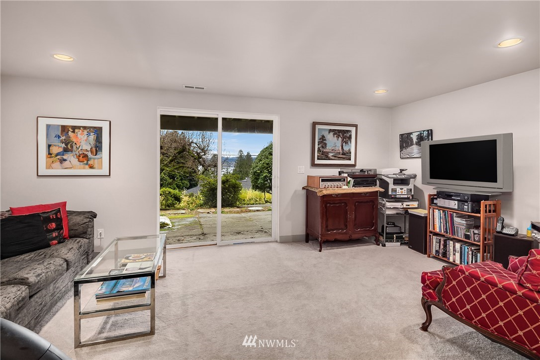 Sold Property   10434 Forest Avenue S Seattle, WA 98178 26