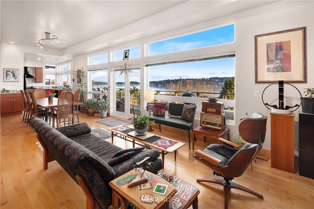 Sold Property   10434 Forest Avenue S Seattle, WA 98178 3