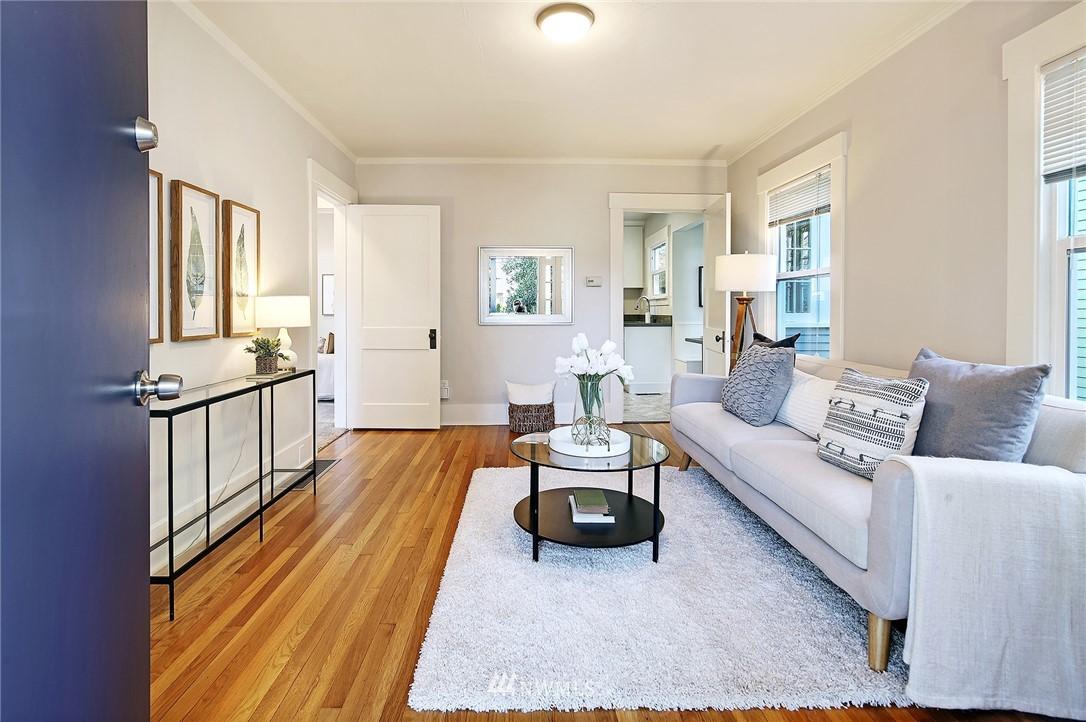 Sold Property | 10514 Dayton Avenue N Seattle, WA 98133 2
