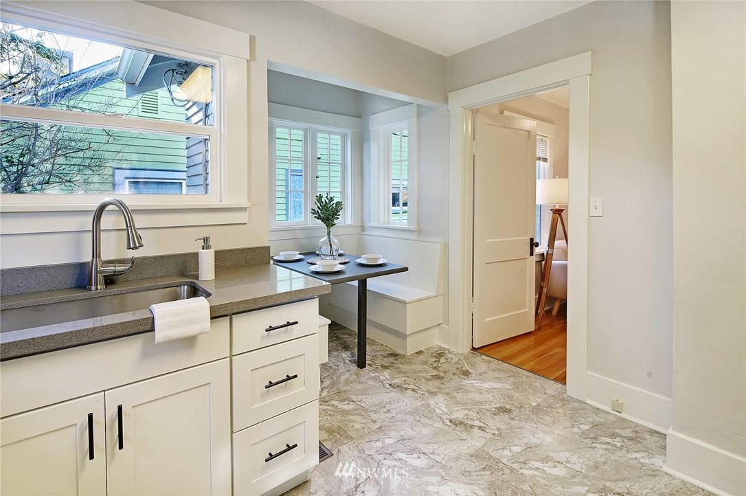 Sold Property | 10514 Dayton Avenue N Seattle, WA 98133 6