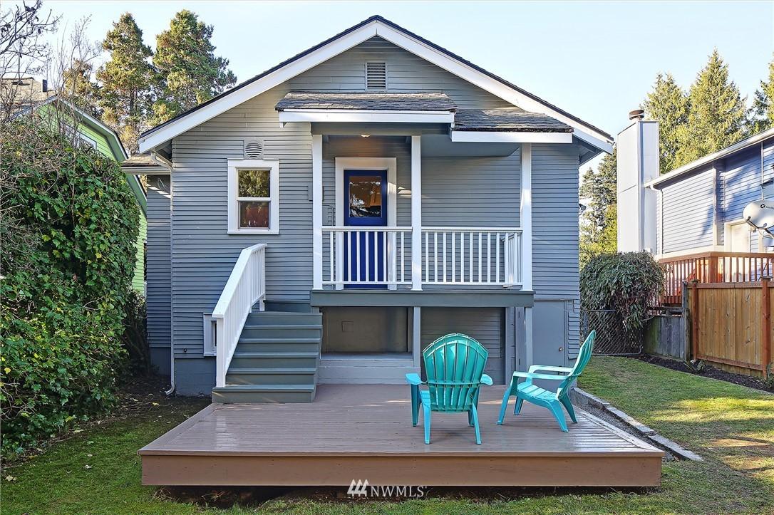 Sold Property | 10514 Dayton Avenue N Seattle, WA 98133 14