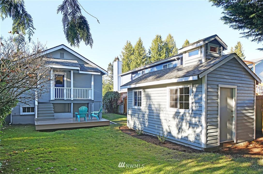 Sold Property | 10514 Dayton Avenue N Seattle, WA 98133 1