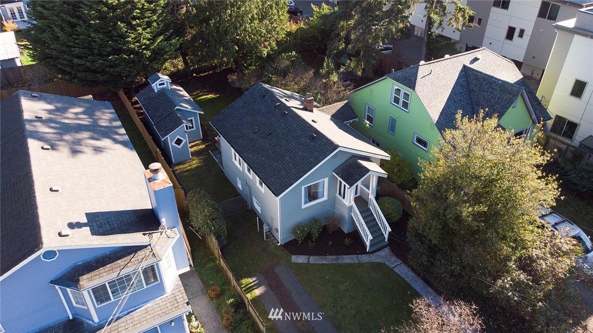 Sold Property | 10514 Dayton Avenue N Seattle, WA 98133 19