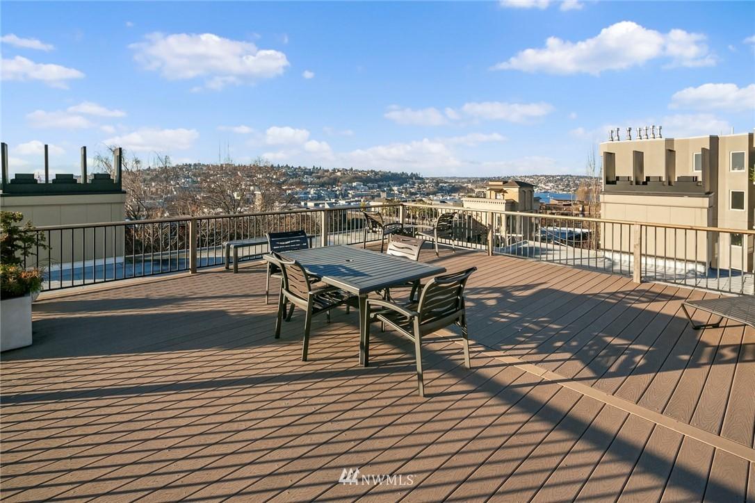 Sold Property | 730 Bellevue Avenue E #305 Seattle, WA 98102 15
