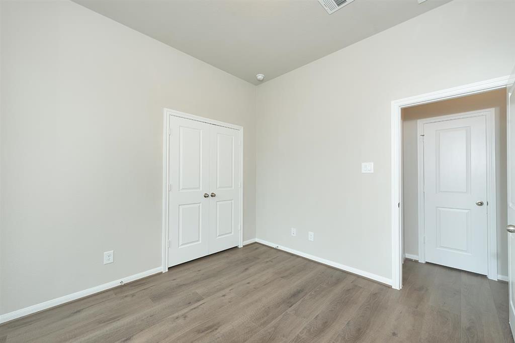 Active | 2613 Pines Trace Lane League City, Texas 77573 23