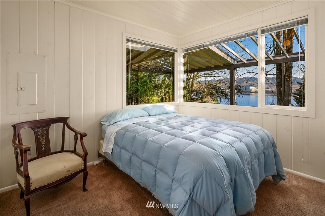 Sold Property | 7425 E Mercer Way Mercer Island, WA 98040 15