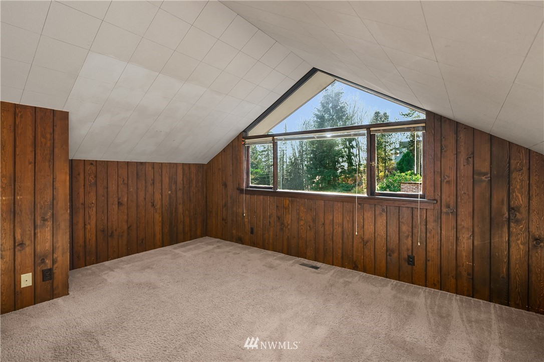 Sold Property | 7425 E Mercer Way Mercer Island, WA 98040 17
