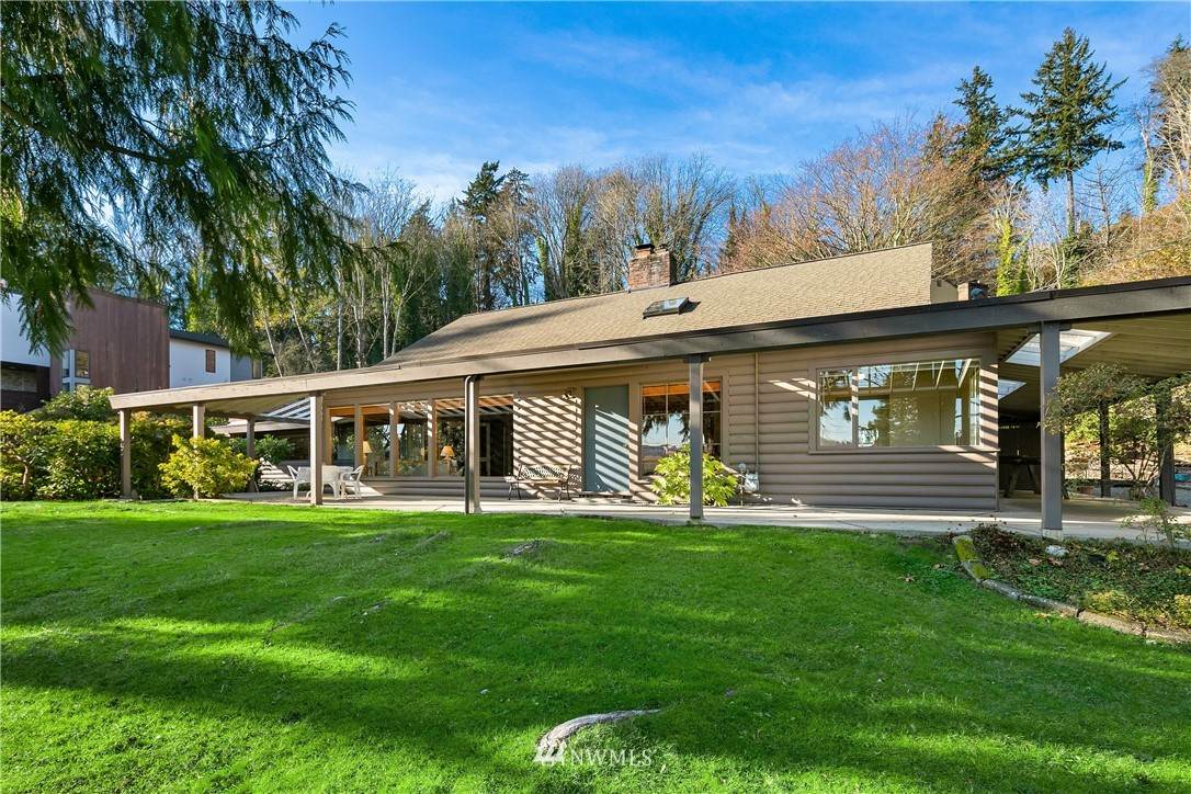 Sold Property | 7425 E Mercer Way Mercer Island, WA 98040 4
