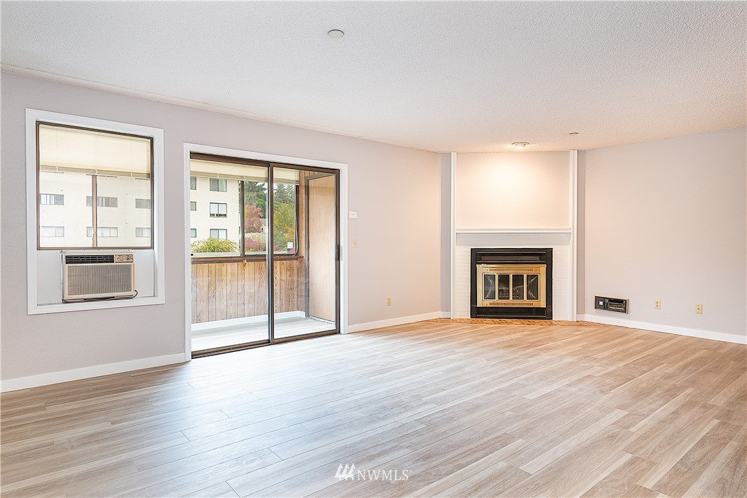 Sold Property | 18606 52nd Avenue W #233 Lynnwood, WA 98037 1